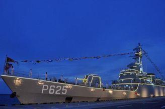 中國贈斯里蘭卡053艦在斯入役