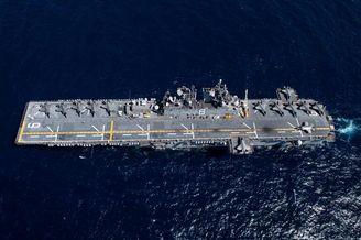 美两栖舰演习出动13架F35B
