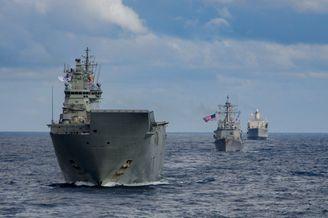 美日澳加海军举行西太联合演习