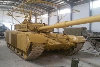 叙利亚战场上坦克穿上了吉利服