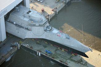比056少!美第16艘濒海舰下水