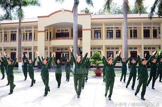 不如中国军训:越南女兵怎么样