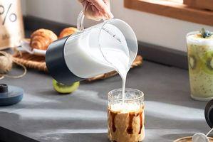 299元的磁悬浮奶茶杯是什么东西?奶茶养生?