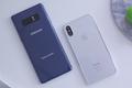 三星Note8对比iPhone 8机模