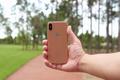 从手机卡槽看iPhone 8颜色 腮红金配色这一次更明显