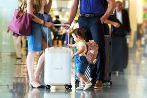 行李箱变身儿童座椅