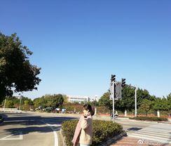 等待考试,等待回家。 http://t.cn/z8ANeUM 